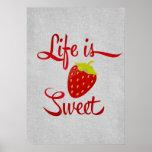 La vida es fresa dulce posters