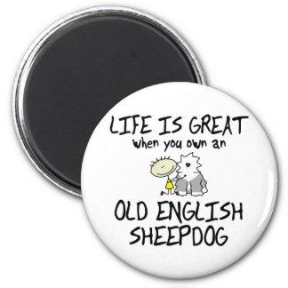La vida es gran perro pastor inglés viejo imán de frigorífico