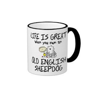 La vida es gran perro pastor inglés viejo tazas