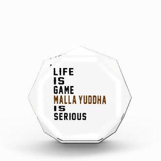 La vida es juego Malla-yuddha es seria