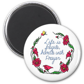 La vida es manija frágil con la guirnalda de la am imán redondo 5 cm