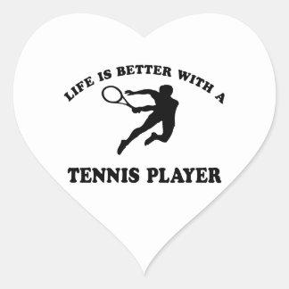 La vida es mejor con un jugador de tenis sobre pegatina corazón