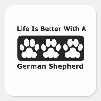 La vida es mejor con un pastor alemán pegatina cuadrada