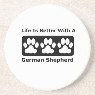 La vida es mejor con un pastor alemán posavaso para bebida
