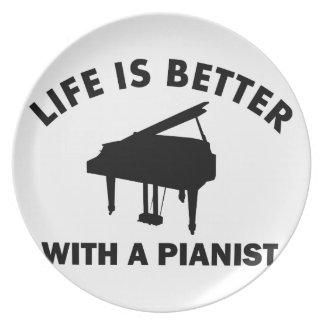 La vida es mejor con un pianista plato
