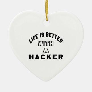 La vida es mejor con un pirata informático adorno de cerámica en forma de corazón