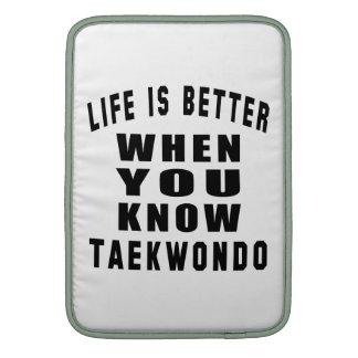 La vida es mejor cuando usted conoce el Taekwondo Funda Macbook Air