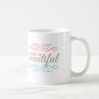 La vida es rojo hermoso y el trullo Ombre inspira Taza De Café