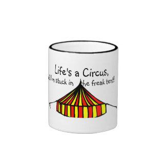 La vida es un circo taza de dos colores