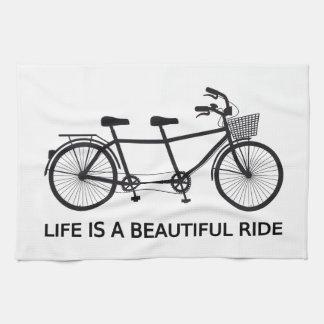 La vida es un paseo hermoso, bicicleta en tándem toalla de cocina
