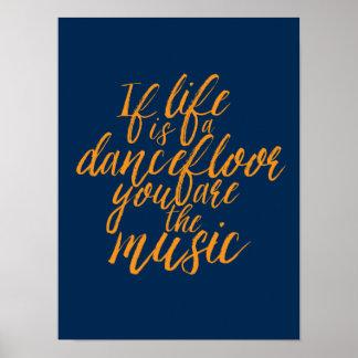 La vida es un poster de la caligrafía de la mano