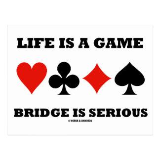 La vida es un puente del juego es seria (cuatro postales