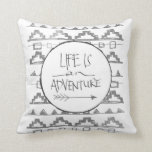 La vida es una aventura por VOL25 Almohadas