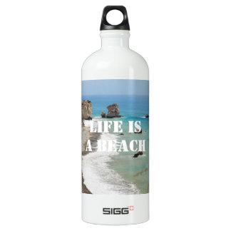 La vida es una botella de la libertad de la playa