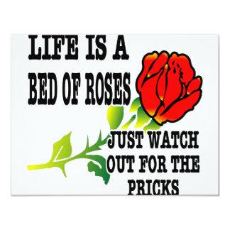 La vida es una cama de rosas tiene cuidado para invitación 10,8 x 13,9 cm