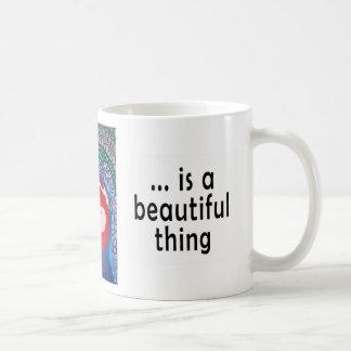 La vida es una cosa hermosa taza clásica