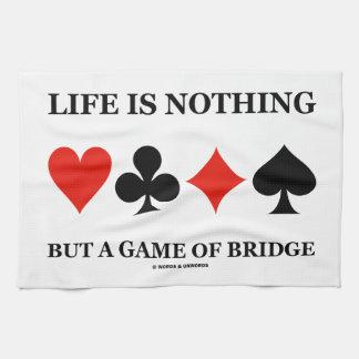La vida no es nada sino un juego del puente (los toalla de mano