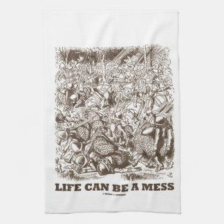 La vida puede ser un lío (el espejo del país de toallas de cocina