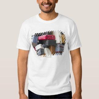 La vida tiene mucho equipaje camisas