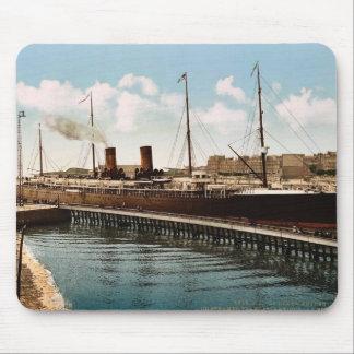 La vintage de Boulogne, Havre que entra, Havre, Fr Tapetes De Ratones