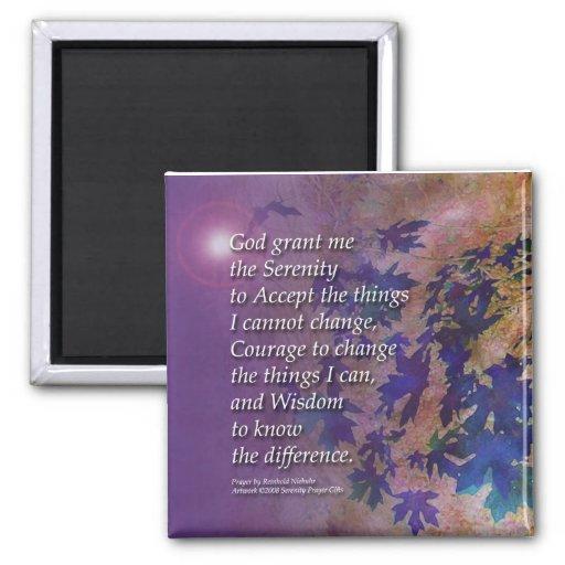 La violeta del rezo de la serenidad sale del imán