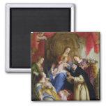 La Virgen que ofrece el rosario Imanes