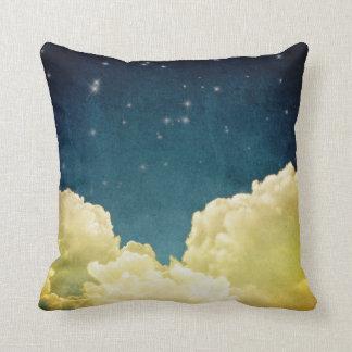 La visión celestial protagoniza y la almohada del
