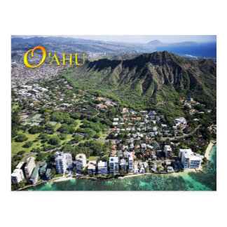La vista aérea de la playa de Waikiki y el diamant
