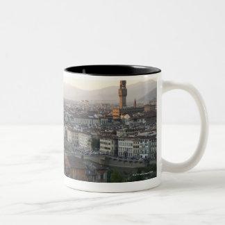 la vista de Florencia de pasa por alto de la demos Taza De Café