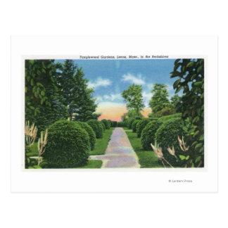 La vista del Tanglewood cultiva un huerto # 2 Tarjeta Postal
