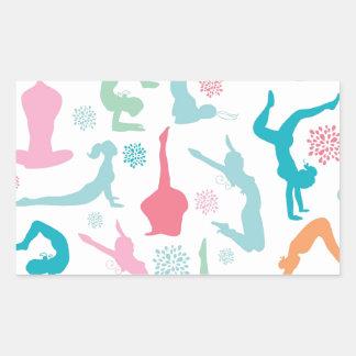 La yoga colorida plantea el modelo rectangular pegatina