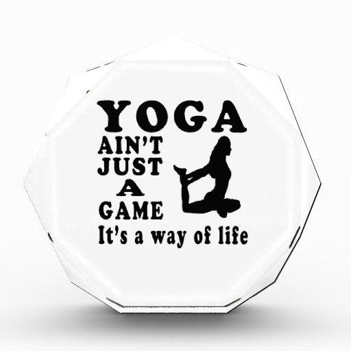 La yoga no es apenas un juego que es una manera de