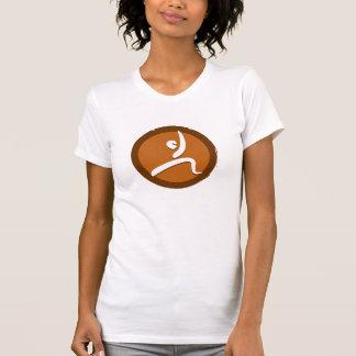 La yoga presenta la camiseta VI Polera