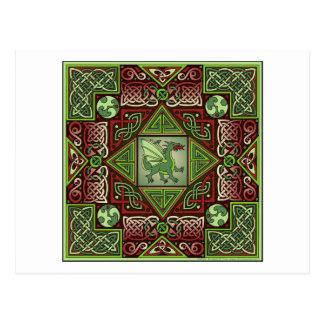 Laberinto céltico del dragón tarjeta postal