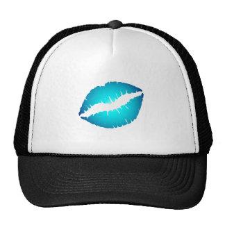 Labios azules gorros bordados