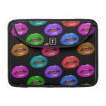 Labios coloridos intrépidos del lápiz labial de Po Fundas Para Macbook Pro