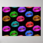 Labios coloridos intrépidos del lápiz labial de Po Posters