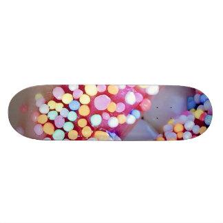 Labios coloridos tabla de patinar