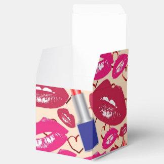 Labios de los tubos, del rojo y de las rosas cajas para detalles de boda