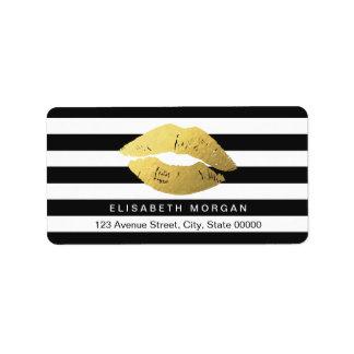 Labios del oro con las rayas blancas negras etiquetas de dirección
