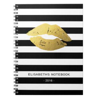 Labios elegantes del oro con las rayas blancas libro de apuntes
