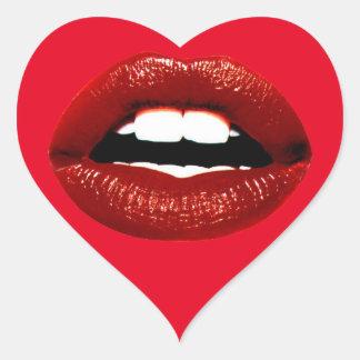 Labios rojos de rubíes pegatina en forma de corazón