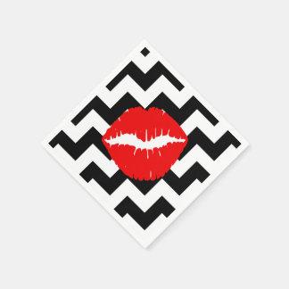 Labios rojos en zigzag blanco y negro servilleta de papel