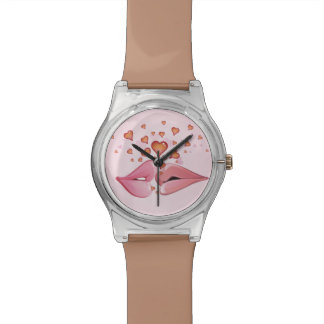 Labios rosados del primer beso relojes de pulsera