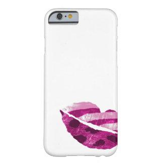Labios salvajes brillantes rosados funda de iPhone 6 barely there