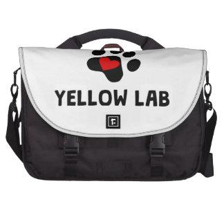 Laboratorio amarillo del equipo bolsa para ordenador