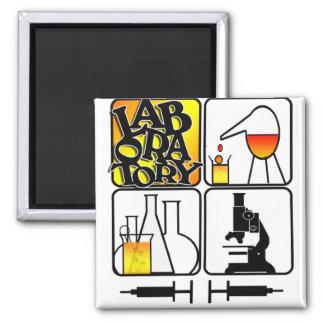 LABORATORY 4 SQUARE - BEAKERS / MICROSCOPE MAGNET