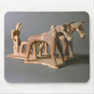 Labourer, from the Tomb of Princess Nefertiabet, O Mouse Pad