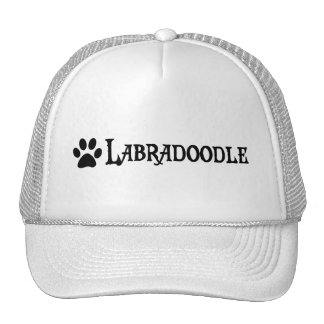 Labradoodle (estilo del pirata con el pawprint) gorros bordados