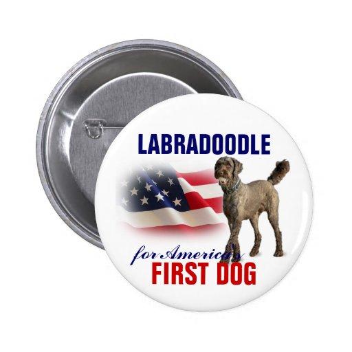Labradoodle para el primer perro pin